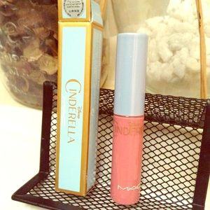 Other - MAC👑Cinderella Ltd Ed Matte Lip Gloss